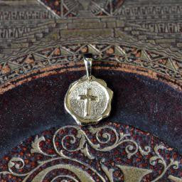 Sealed in Christ Pendant, Small 14KY