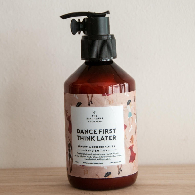 Jetzt im Löffelhase erhältlich: THE GIFT LABEL Handlotion «dance first think later»