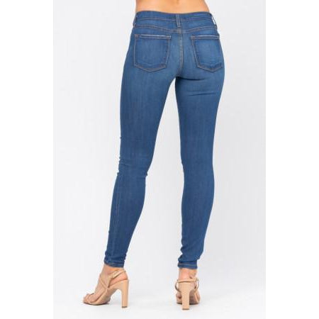 Judy Blue Medium Wash Skinny Jeans - Style 8390