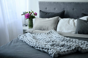 Hand Knitted Chunky Blanket Thick Acrylic Yarn Blanket Home Decor Throw Rug