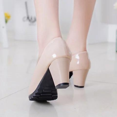 Women Fashion Slip On Solid Chunky Heels Pumps
