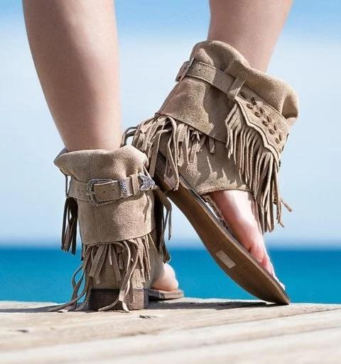 Women Flat Tassel Holiday Beach Sandals