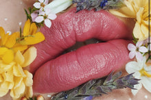 Load image into Gallery viewer, Shanghai Suzy Satin Luxe Lipsticks