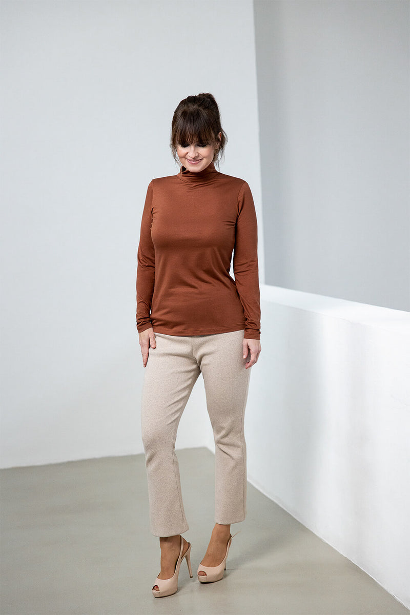 PAI – Soft Ribbed Bootcut Trousers in Sandstone