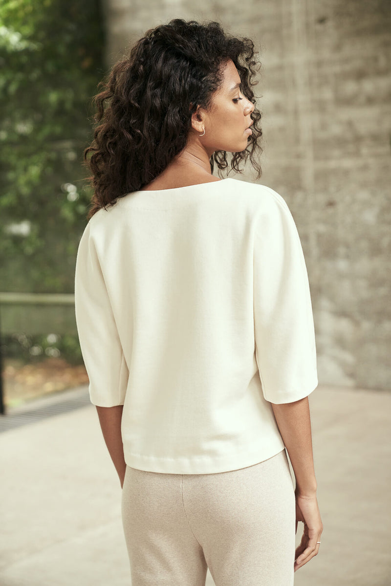 AROHA - Luxurious V-neck Sweater in Ecru