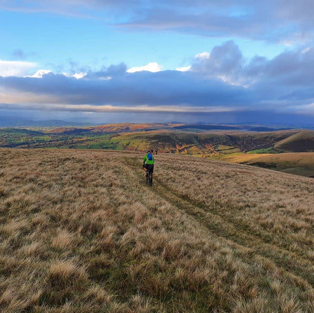 Gravel Riding – An Adventure Across the Brecon Beacons