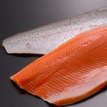 Salmon fillets 2-3lb, skin on, scaled, pin-bones removed (2.5lb case, farmed, fresh)