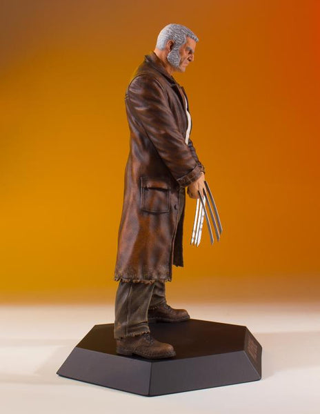 Marvel Collector's Gallery Wolverine Old Man Logan Statue