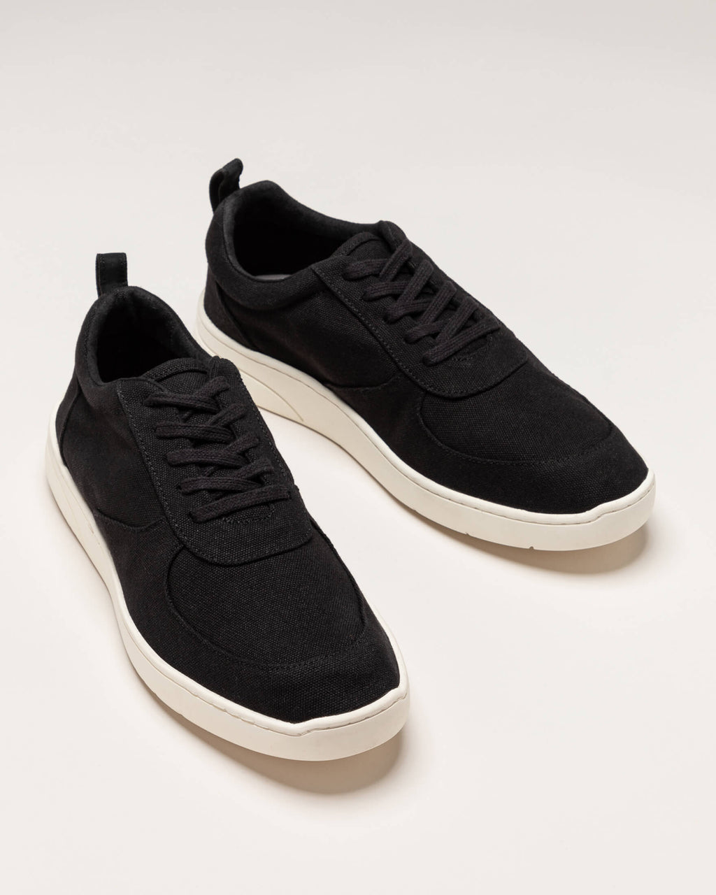 variant_2 | EN black men's sneakers with laces | DE schwarze herren sneakers mit Schnürsenkel