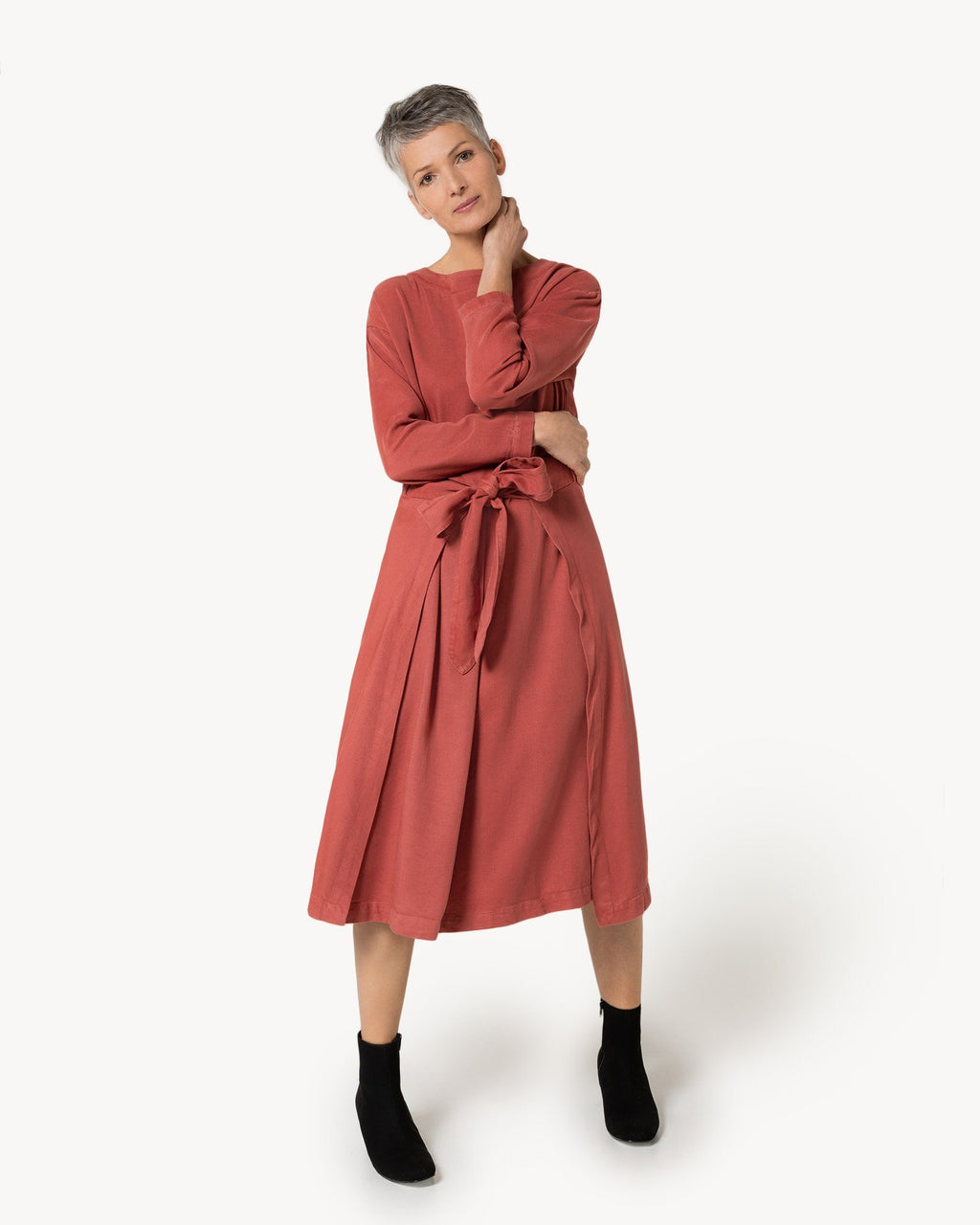 variant_1 | EN Red Dress Longsleeve Women Suite13 | DE Rotes Kleid Lange Ärmel Damen Suite13