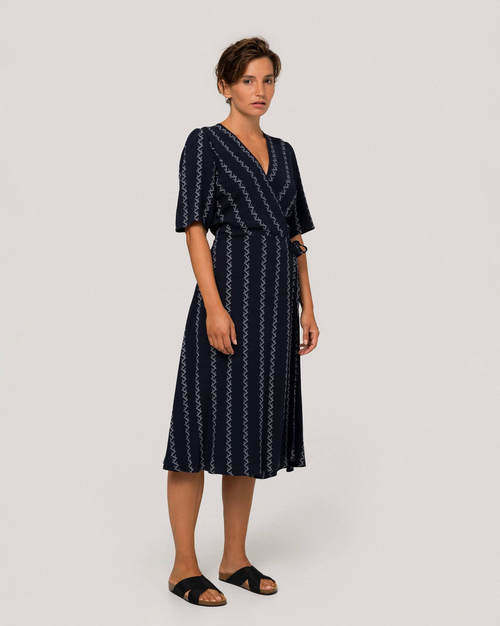 variant_1 | EN Wrap Dress Blue Women won hundred | DE Wickelkleid Blau Damen won hundred