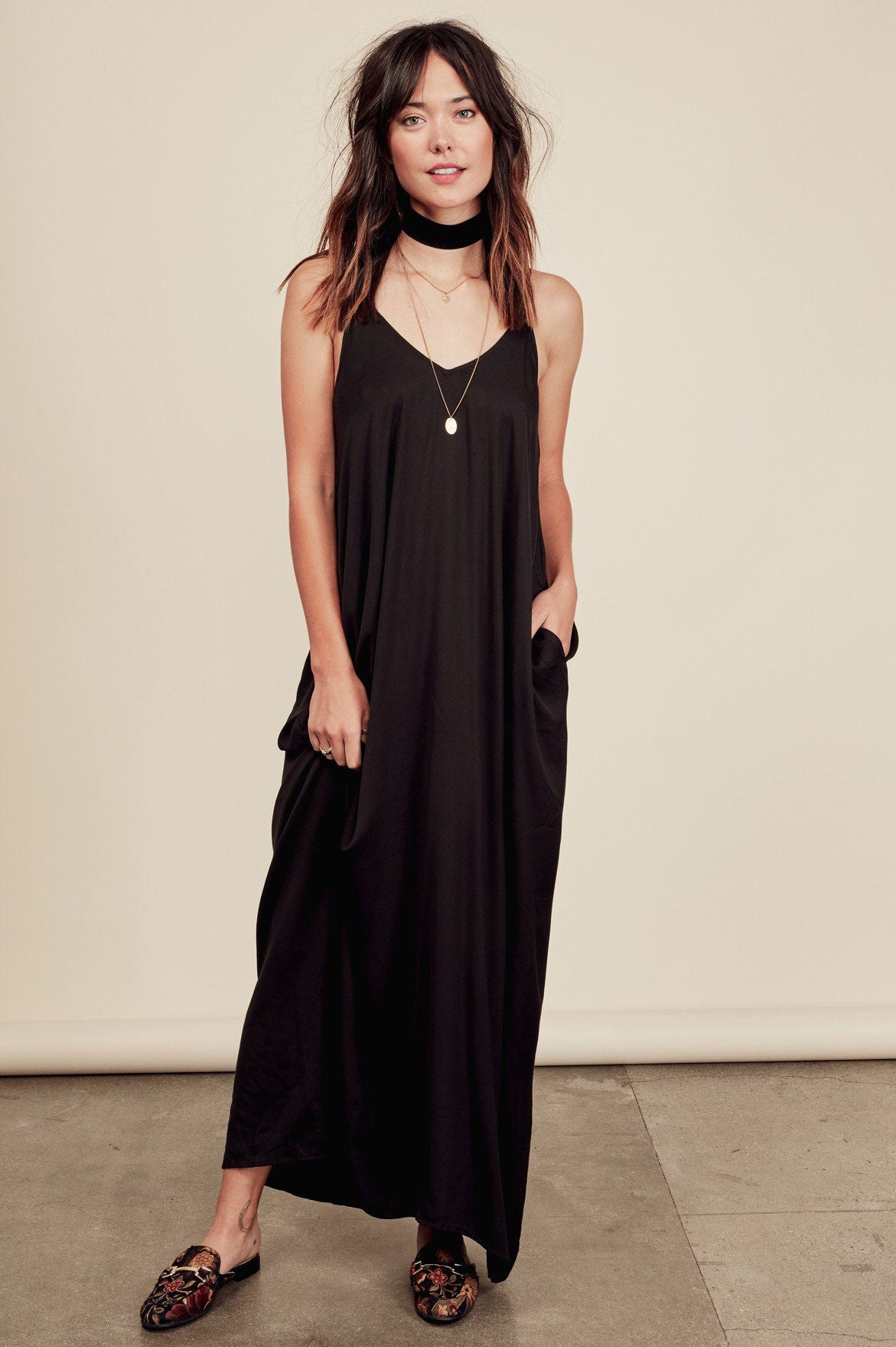 Casual black maxi dress