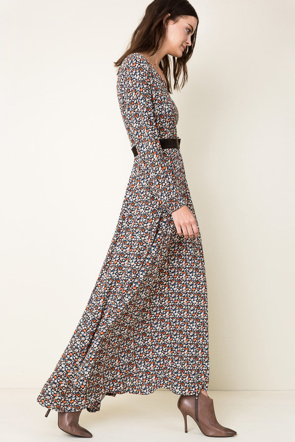 Womens modest dresses. Casual street style long sleeve, dark floral print, maxi dress with slit. Front view
