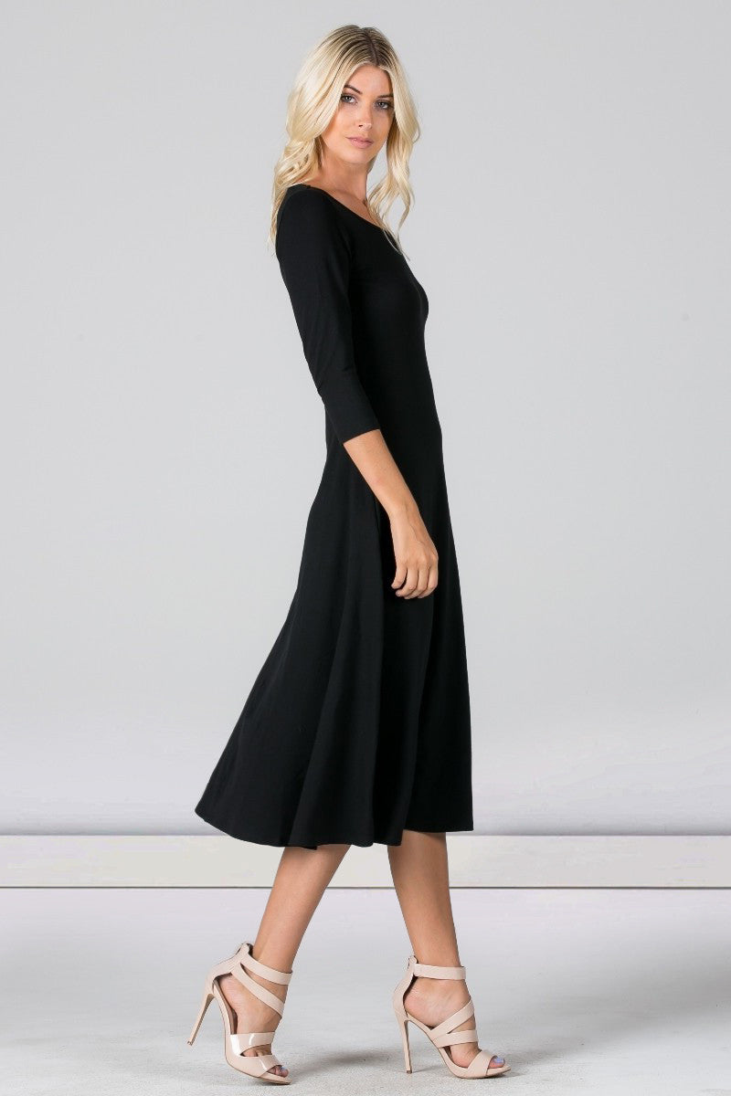 Long sleeve scoop neck black dress