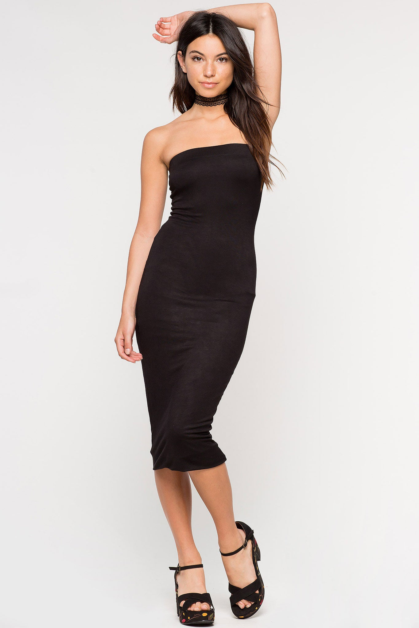 Women's black sleeveless midi dress. Basic casual jersey day dress