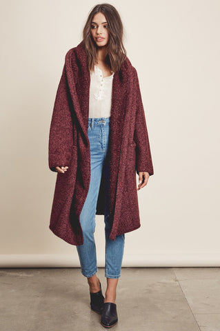 Oversized long cardigan for women in burgundy. Cute fall outfits. Waterfall cardigan