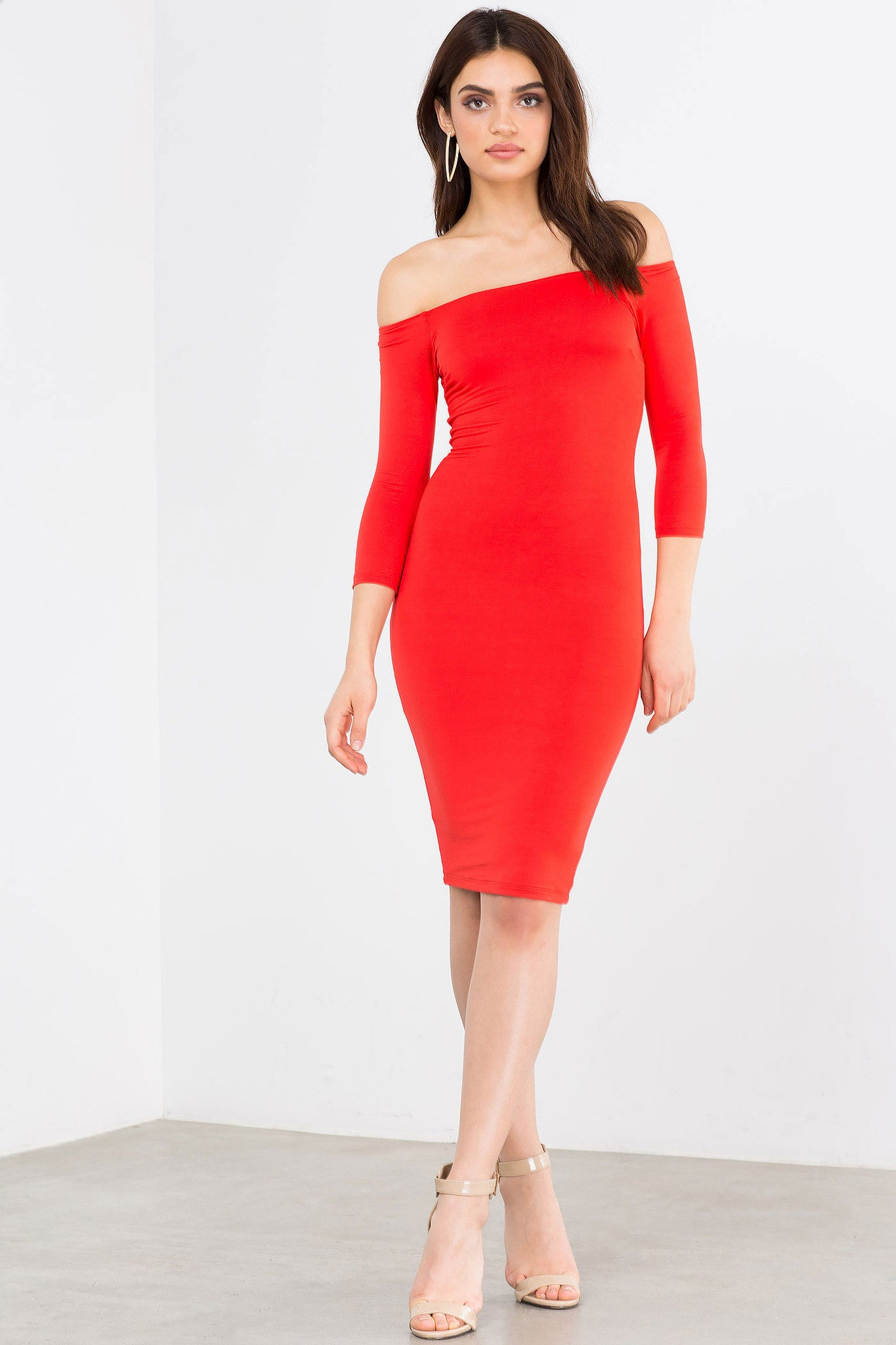 Red off the shoulder 3/4 sleeve party bodycon midi dress. Front view.