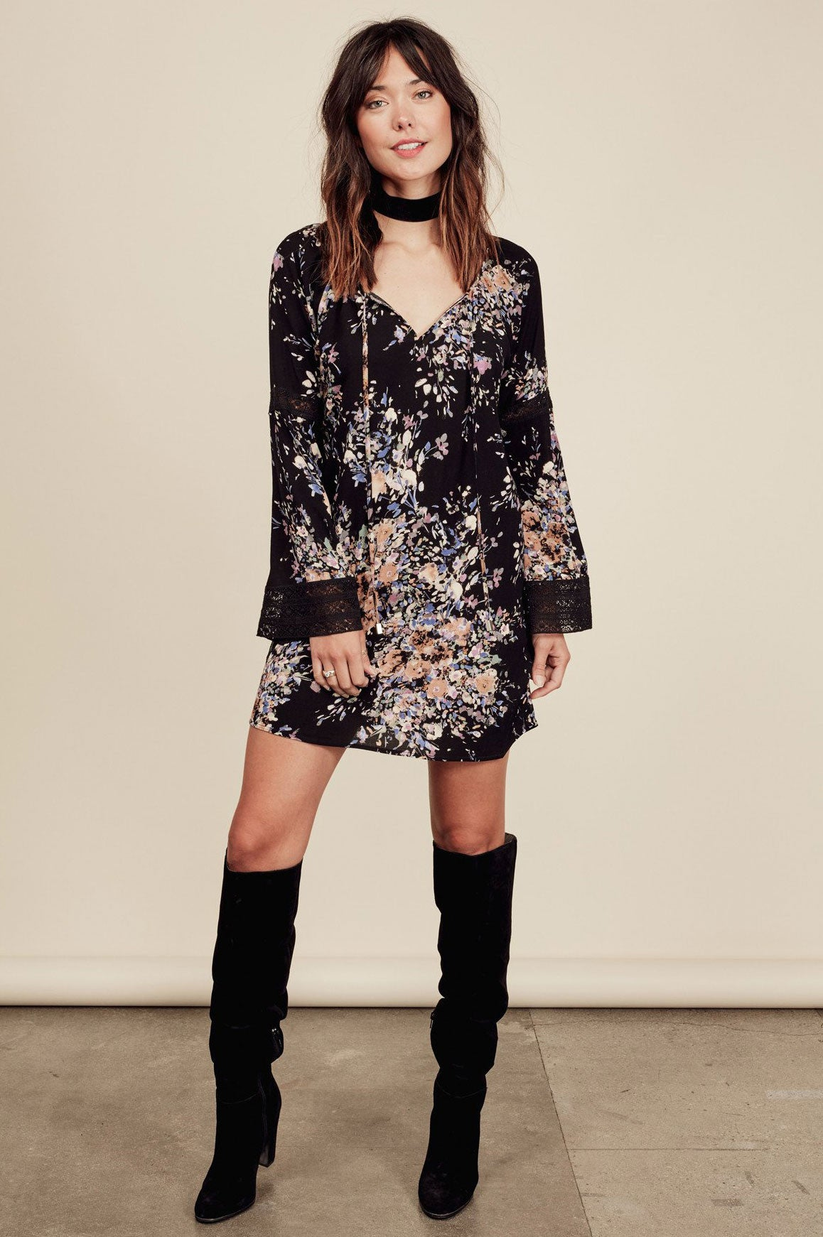 Womens cute fall outfits & long sleeve black floral print mini shift dress.