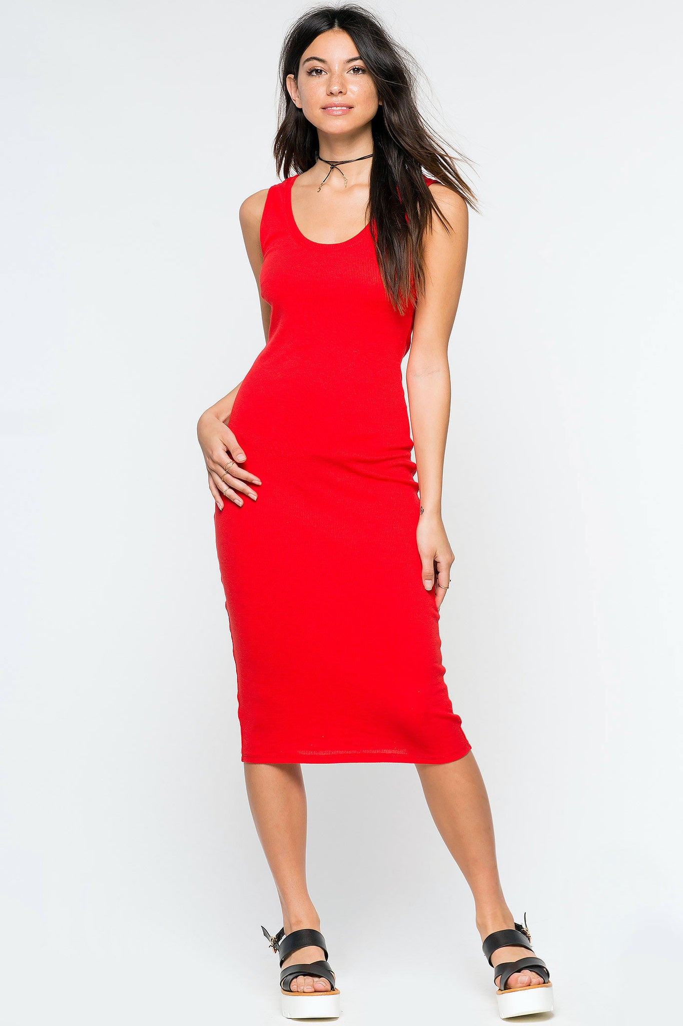 Women's sleeveless ribbed tank dress. Casual fitted bodycon midi jersey dress in red.