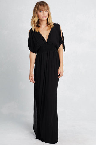 women's short t-sleeve v-neck long black maxi dress for casual fall autumn outfits