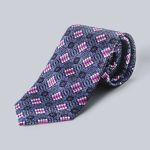 True Forum - Geometric Tie