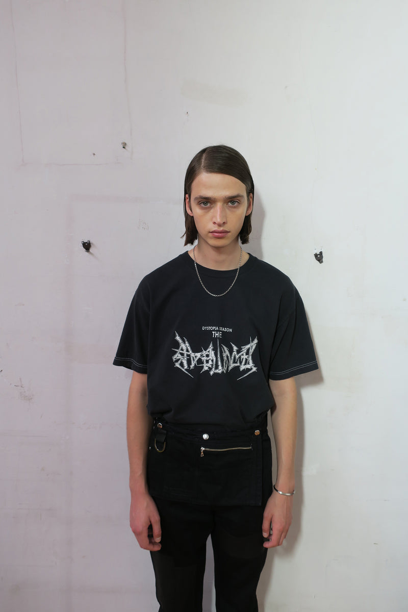 MAD DISTORTED PIECE DYED TEE