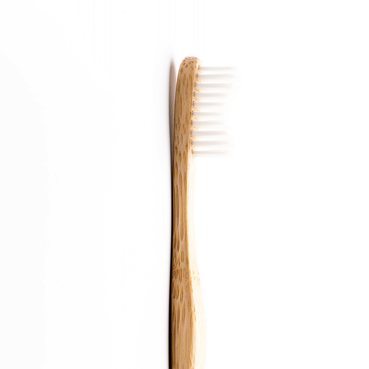 Humble Brush Adult - White, Medium Bristles - RE:HEALTH