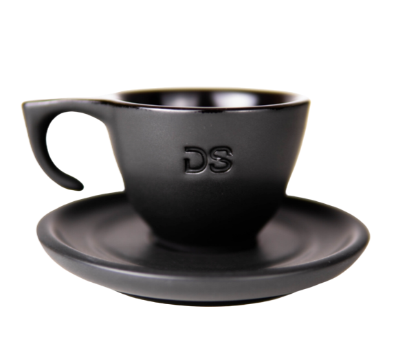 "Ceramic black ""DS"" - Cup and Plate - Dropshot Coffee"