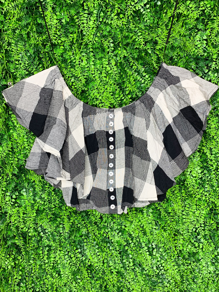 black and white buffalo plaid crop top with buttons and flutter sleeves shirt blouse | shop women's clothing clothes apparel gifts accessories online or in store at boerne la te da boutique | a favorite of locals and san antonio visitors too