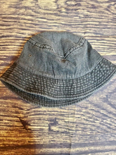 Load image into Gallery viewer, black denim bucket hat fishing hat summer hat | shop women's clothing clothes apparel gifts accessories online or in store at boerne la te da boutique | a favorite of locals and san antonio visitors too