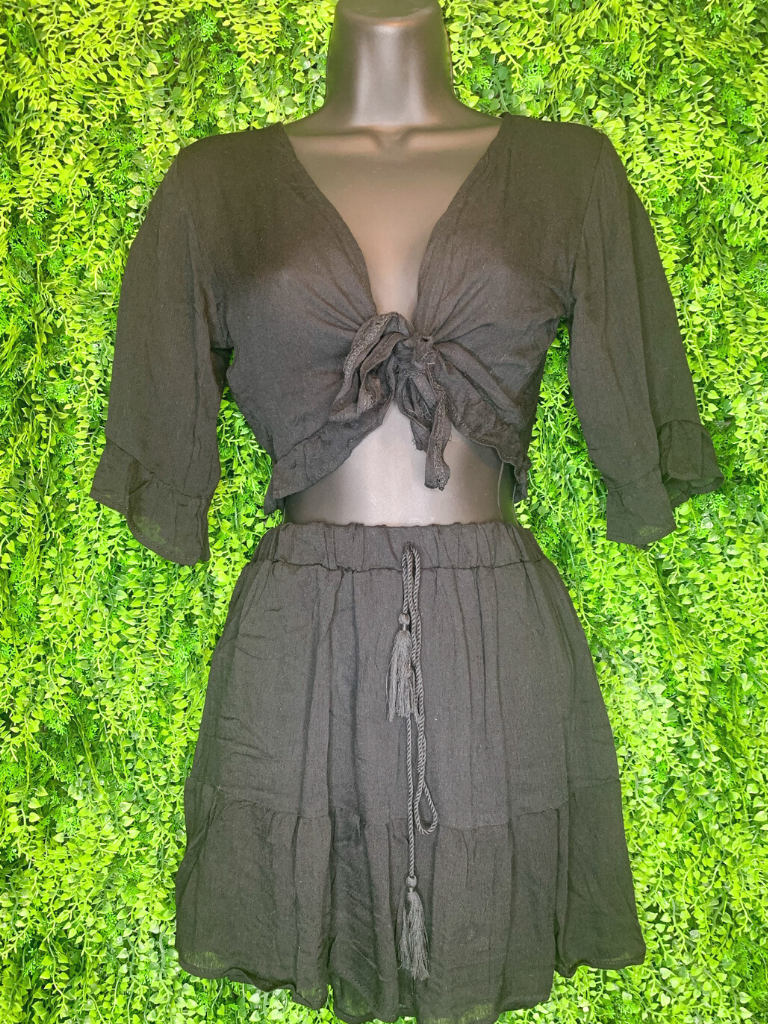shop women's and girls' clothing clothes apparel gifts accessories jewelry online or in store at boerne la te da boutique | a favorite of locals and san antonio visitors too | best boerne boutiques | skirt crop set black