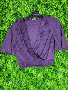 violet purple embroidered crop top flowy sleeves | shop women's clothing clothes apparel gifts accessories online or in store at boerne la te da boutique | a favorite of locals and san antonio visitors too