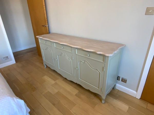 Contemporary three drawer dresser base