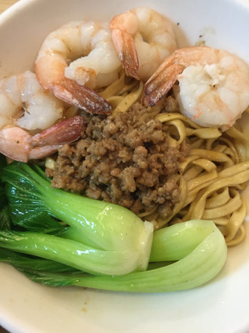 HOMEMADE THICK NOODLES PRAWNS