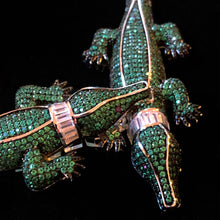 Load image into Gallery viewer, A HIGHLY DETAILED DIAMANTÉ GREEN ALLIGATOR NECKLACE