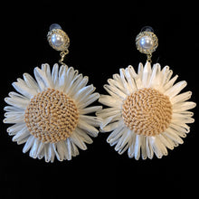 Load image into Gallery viewer, GIANT RAFFIA DAISY EARRINGS