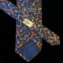Load image into Gallery viewer, EQUESTRIAN PRINT VINTAGE GUCCI TIE