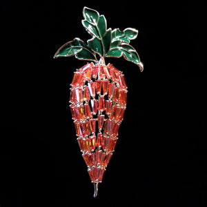A DIAMANTÉ RADISH BROOCH