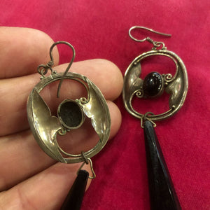 A PAIR OF ART NOUVEAU STYLE EARRINGS