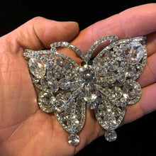 Load image into Gallery viewer, A LARGE CRYSTAL BUTTERFLY BROOCH