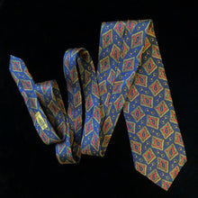 Load image into Gallery viewer, CLASSIC PAISLEY PRINT VINTAGE GUCCI TIE