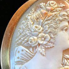 Load image into Gallery viewer, A QUALITY VICTORIAN CARVED CAMEO WITH A 15k GOLD SETTING