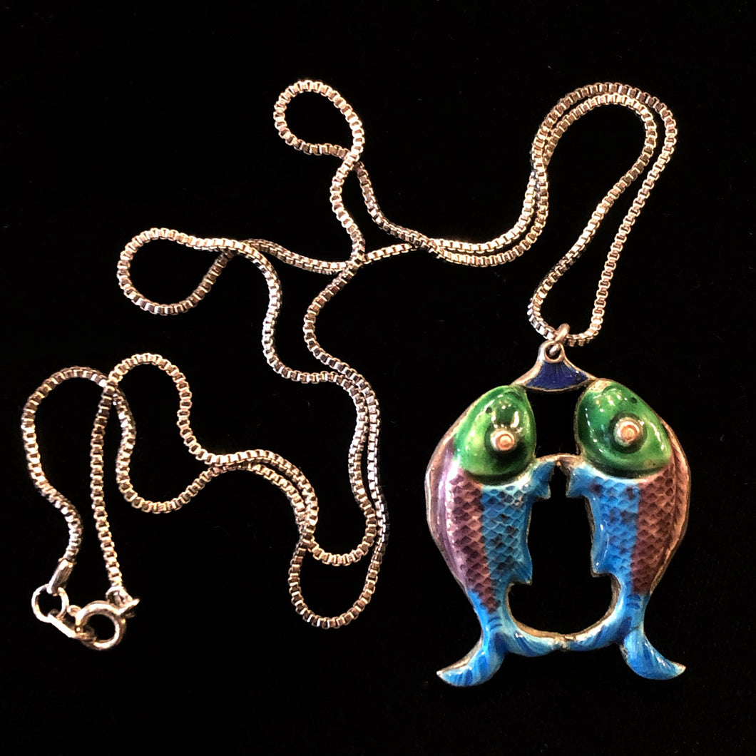 SILVER ENAMELLED VINTAGE TWIN FISH NECKLACE