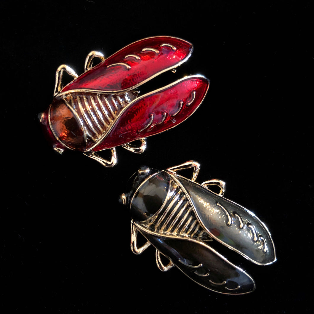ENAMELLED CICADA BROOCH