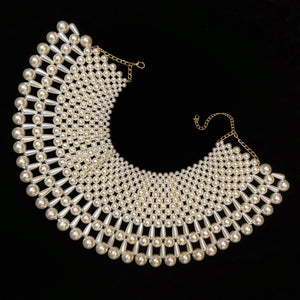 A PEARL COLLAR WITH TEARDROP PEARLS