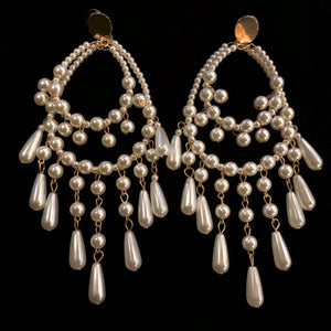 EXTRAVAGANT PEARL HOOP EARRINGS