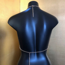 Load image into Gallery viewer, A CHAIN-MESH PEARL BACKLESS HALTER TOP