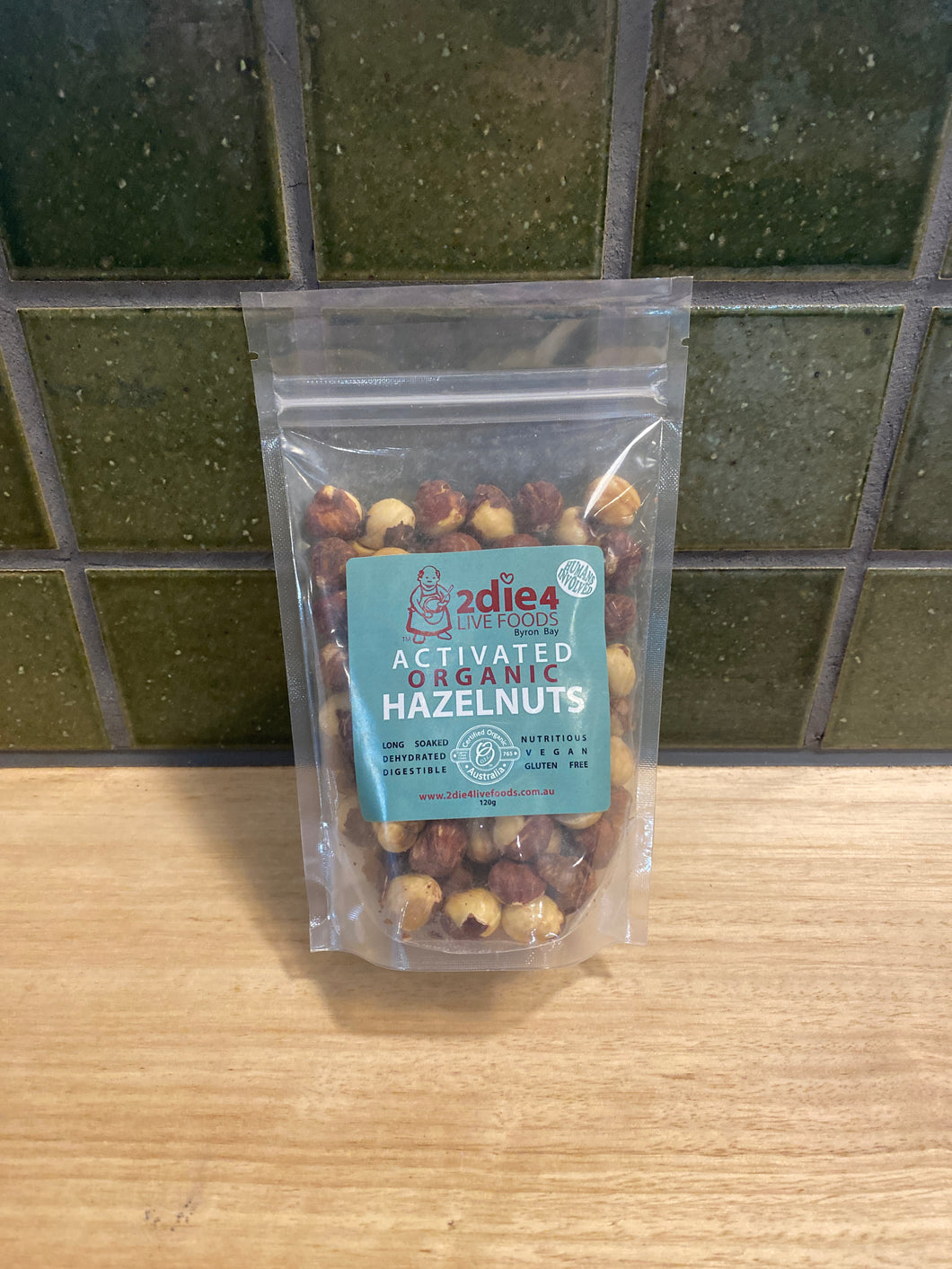 2die4 Activated Hazelnuts 120g