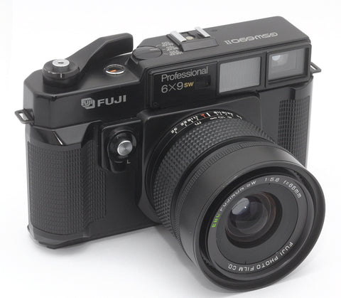 USED FUJI GSW 690 II 6X9 WIDE-ANGLE RANGEFINDER CAMERA