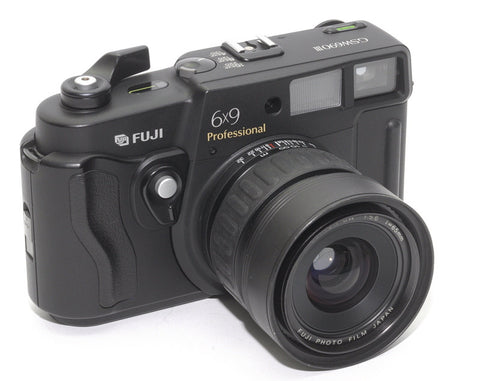 USED FUJI GSW 690 III 6X9 WIDE-ANGLE RANGEFINDER CAMERA